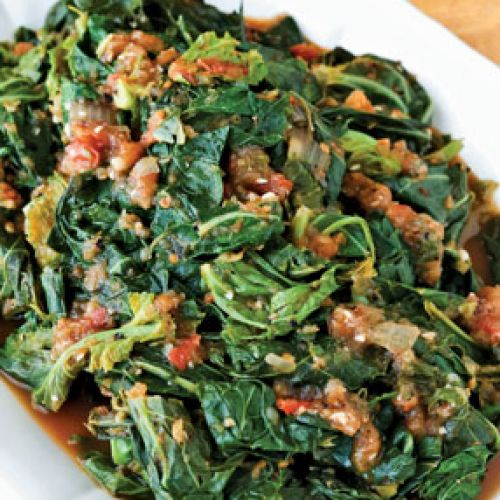 Braised Collards in Tomato-onion Gravy