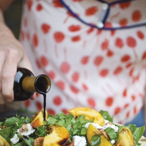 Matthew Buchanan's Peach and Arugula Herb Salad