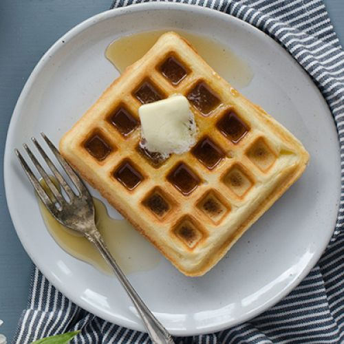 Overnight Whole-Wheat Yeasted Waffles
